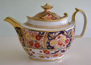 Fine English Coalport Porcelain Rich Imari Teapot And Cover Peony Pattern 19th C