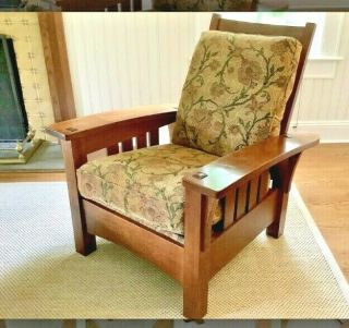 L & Jg Stickley Mission Oak Morris Chair.  4 Lounging Settings.  W/lovely Cushions