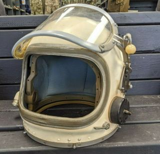 Authentic Cold War Soviet Union/ussr Gsh - 6 High Altitude Flight Helmet W/ Visor