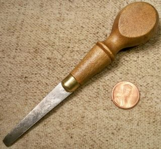 Vintage Small Wood Handle Turnscrew Or Screwdriver Good Shape Collectible Read