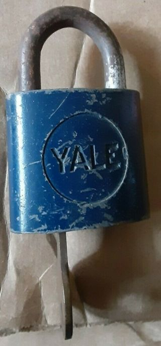 Vintage Rare Yale Padlock W/ Key - Blue - Made For Insignia - Collectible Lock